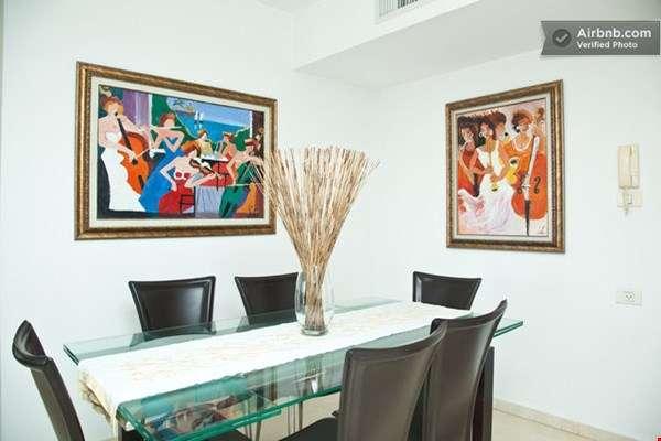 """להשכרה דירה 3 חדרים 124 מ""""ר הרצליה"""